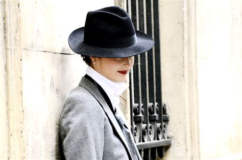 Fashionalities Perspective by Hold Onto Your Hats 18 Tips To Transition Your Wardrobe
