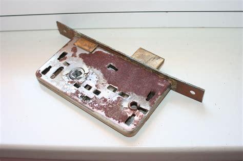 serratura porta interna cambiare la serratura ad incasso di una porta interna