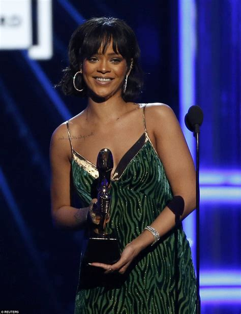 house music awards billboard music awards winner rihanna takes home