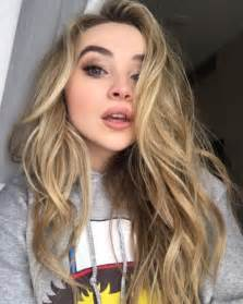 sabrina carpenter hair color les 25 meilleures id 233 es de la cat 233 gorie sabrina carpenter