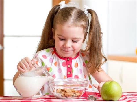 alimentazione bambini 6 anni quali cibi per il bambino di 4 anni bimbi sani e belli