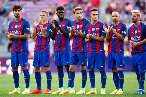 barcelona squad a fan s perspective bar 231 a need time not transfers