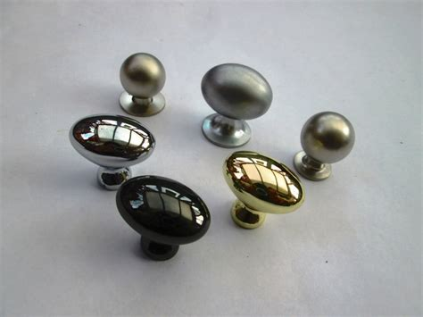 Kitchen Door Knobs Uk by Cupboard Cabinet Drawer Kitchen Door Knobs Pull Handles Ebay