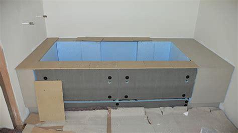 vasca da bagno rovinata forum arredamento it vasca idro rivestita con mosaico e