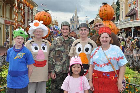 halloween disney cruise disney halloween treats mickey