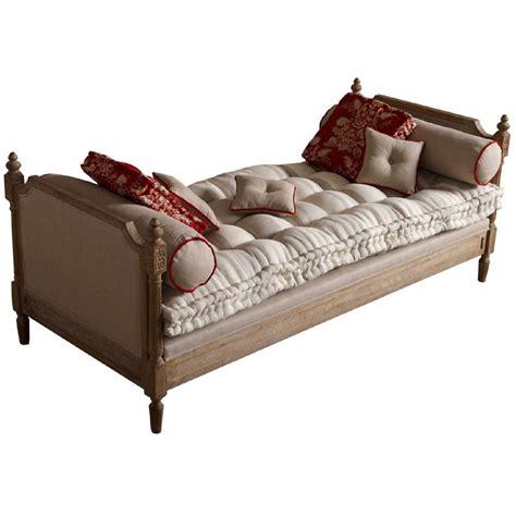 divani letto in legno divano letto legno imbottito letti a prezzi scontati