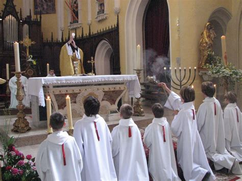 si鑒e assis タ genoux debout assis 224 genoux liturgie catholique