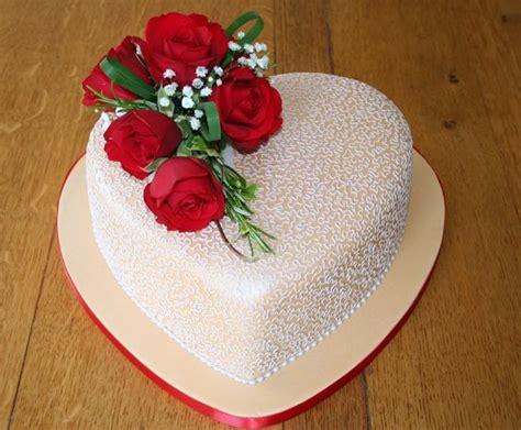 Wedding Anniversary Cake Design by 1st Wedding Anniversary Cakes For Unforgettable