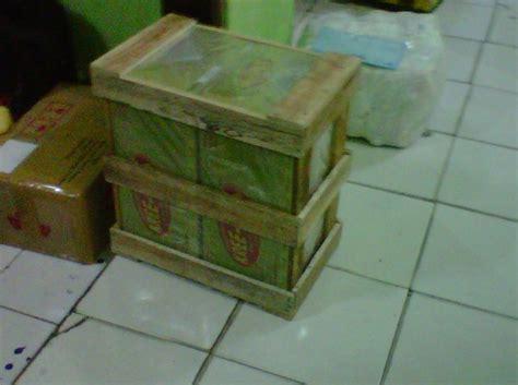 Packing Kayu Paking Kayu Untuk Barang Pecah Belah Besar Dan Banyak packaging aman untuk meminimalisir kerusakan saat pengiriman jogja handycraft suplier