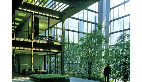 what is the ford foundation gallery of ad classics the ford foundation kevin roche