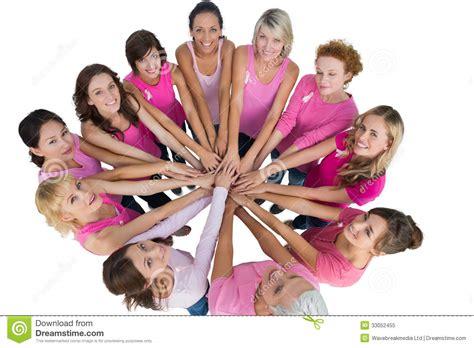 imagenes de solteras alegres las mujeres alegres se unieron a en un c 237 rculo y la mirada