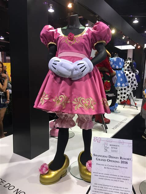 Dress Minny d23 expo 2017 celebrating minnie at the honda booth