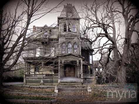 would you buy a haunted house myria