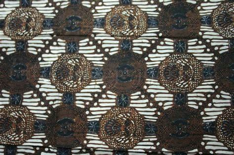 Kain Batik Cap Primis Sogan 55 best batik tenun traditional fabrics images on