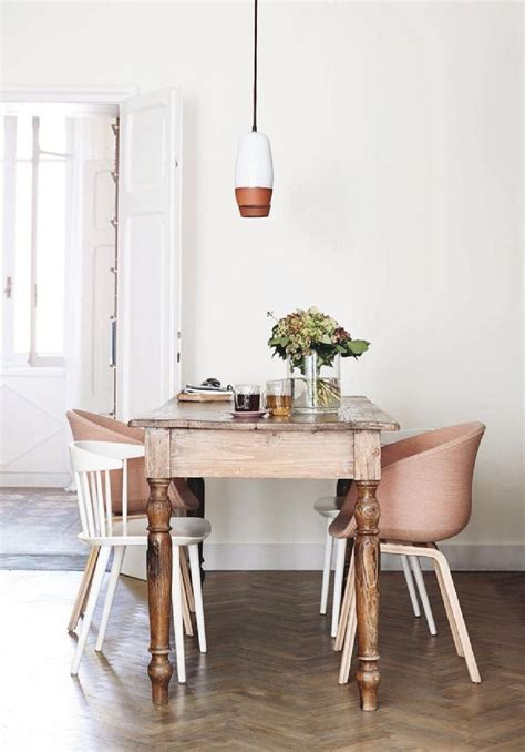 Unusual Dining Table And 6 Chairs