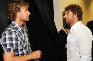 Billy Currington And Dierks Bentley Billy Currington Hasn T Been Signing Any Autographs As
