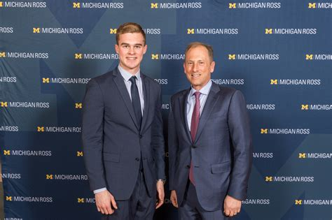 Michigan Ross Mba Scholarships by Michigan Ross Alumni And Donors Support Students With 6m