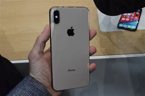 iphone xs xs max news opinion pcmagcom
