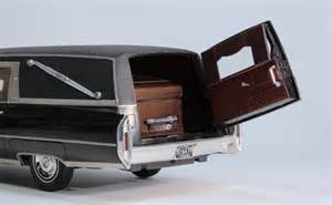 Cadillac Casket Post Hearses Caddys Here Glass Model Cars