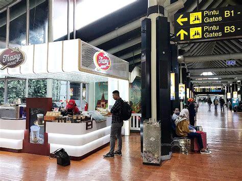 ngopi enak  ruang tunggu bandara majalah otten coffee