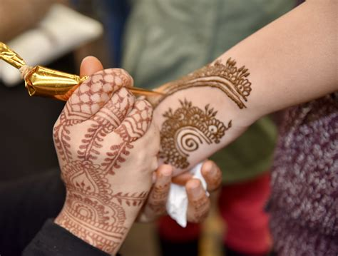 indian henna tattoo sydney multicultural eid festival fair 2017 sydney