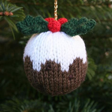 the 25 best ideas about knitted christmas decorations on