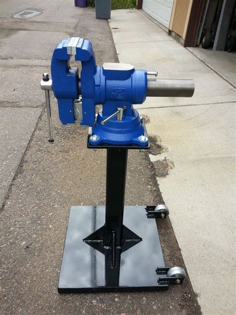 bench vise stand 25 best images about grinder stand on pinterest diy