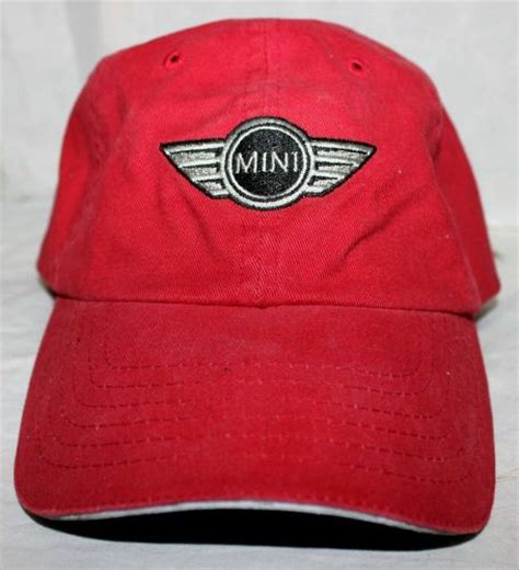 find s adjustable mini baseball hat nwt os