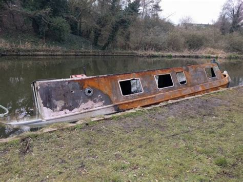 canal boats for sale usa narrow boat owner who lost everything in fire gets helping