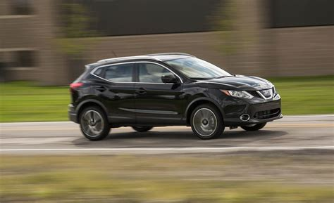 nissan sport 2018 2018 nissan rogue sport cargo space and storage review