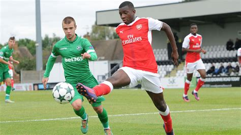 arsenal nketiah eddie nketiah all you need to know about the arsenal