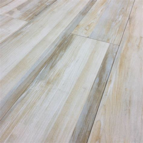 Alberta Cream Wood Look Plank Porcelain Tile