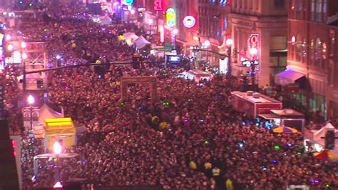 new years in nashville new year s bash on broadway expected to draw 150 000 to downtown nashville wkrn news 2