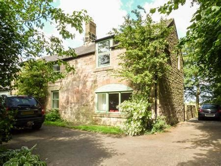 northumberland coast self catering cottage vicarage