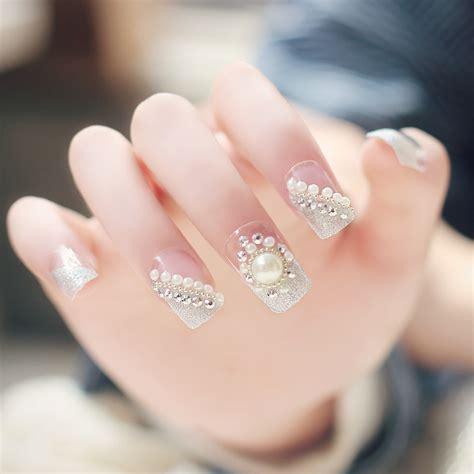 Pearl Design Nails