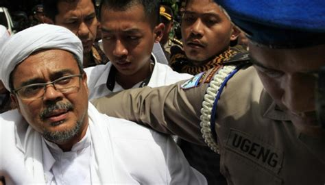 Entering Bali With A Criminal Record Rizieq Loyalist Reacts To Chat Records Metro Tempo Co News Portal