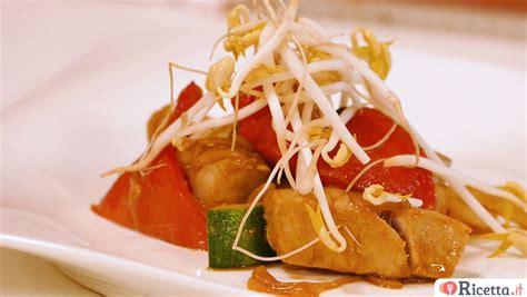 come cucinare il tonno fresco in padella ricetta tonno fresco al cartoccio consigli e ingredienti