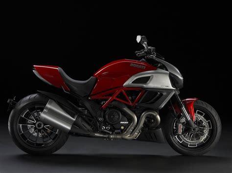 Ducati Diavel top motorcycle wallpapers 2011 ducati diavel photo gallery