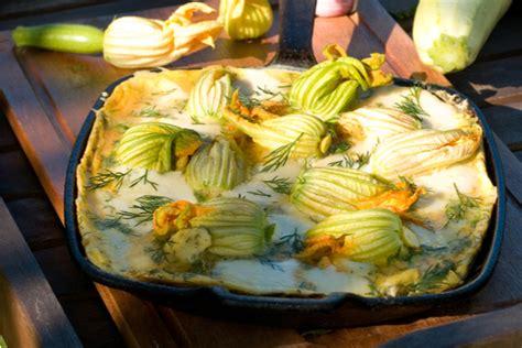 frittata di fiori di zucchine ricette con i fiori di zucca 10 imperdibili piatti da provare