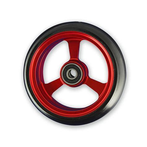 roue pour fauteuil roulant autour du fauteuil roulant orthinea