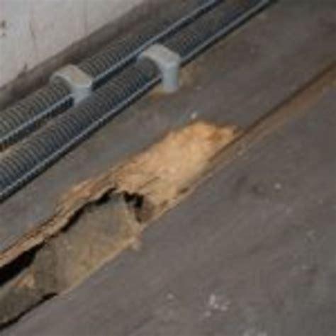 mur humide traitement traitement du salp 234 tre m 233 rule et moisissures sur mur humide