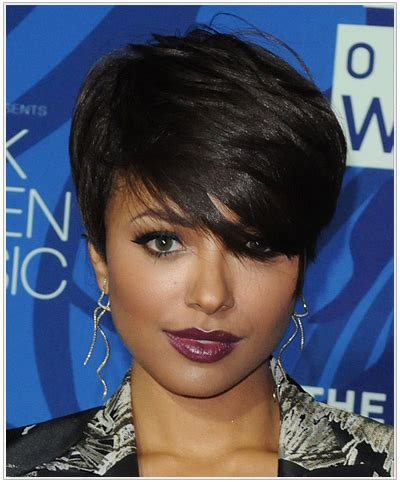 oval head hairstyles women the latest hairstyles for oval face shapes thehairstyler com