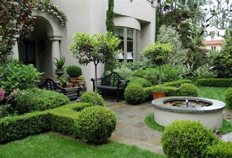 Landscape Ideas Using Boxwoods Dreamy And Classic Boxwood Gardens