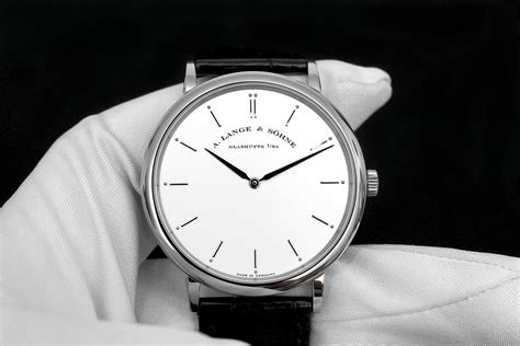 a and professional watches review a lange s 246 hne saxonia thin