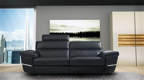 divanetti in pelle divano in vera pelle con poggiatesta imbottito idfdesign