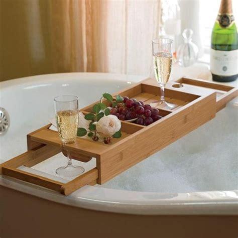 badezimmer ablage dekorieren die besten 25 badewannenablage holz ideen auf