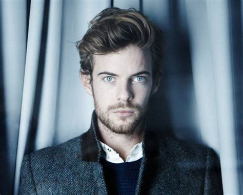 penny dreadful season 2 rotten tomatoes the 25 best harry treadaway ideas on pinterest penny