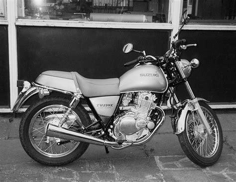 Suzuki 2000 Motorcycle Models Suzuki Tu250x Motorcycle Motorbike 2000 Model In Silver