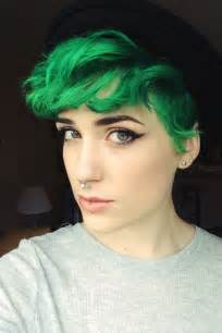 hairstyles done on a mannequin with green hair best 25 short dyed hair ideas on pinterest dyed hair