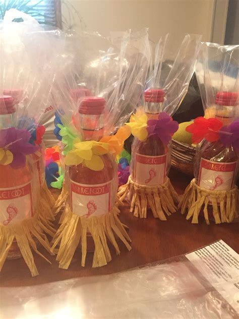 hawaiian wedding shower favors prizes for coed luau themed baby shower baby shower